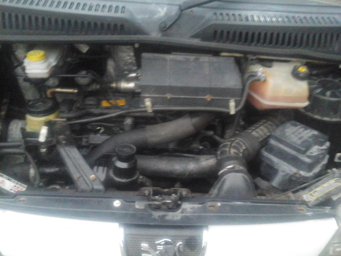 2.2-hdi-engine.jpg