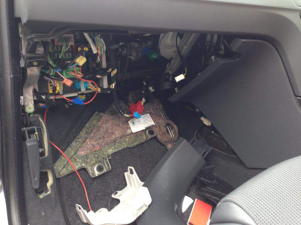 which and where fuses 508 - peugeot forums peugeot 508 fuse box location peugeot 508 fuse box #1