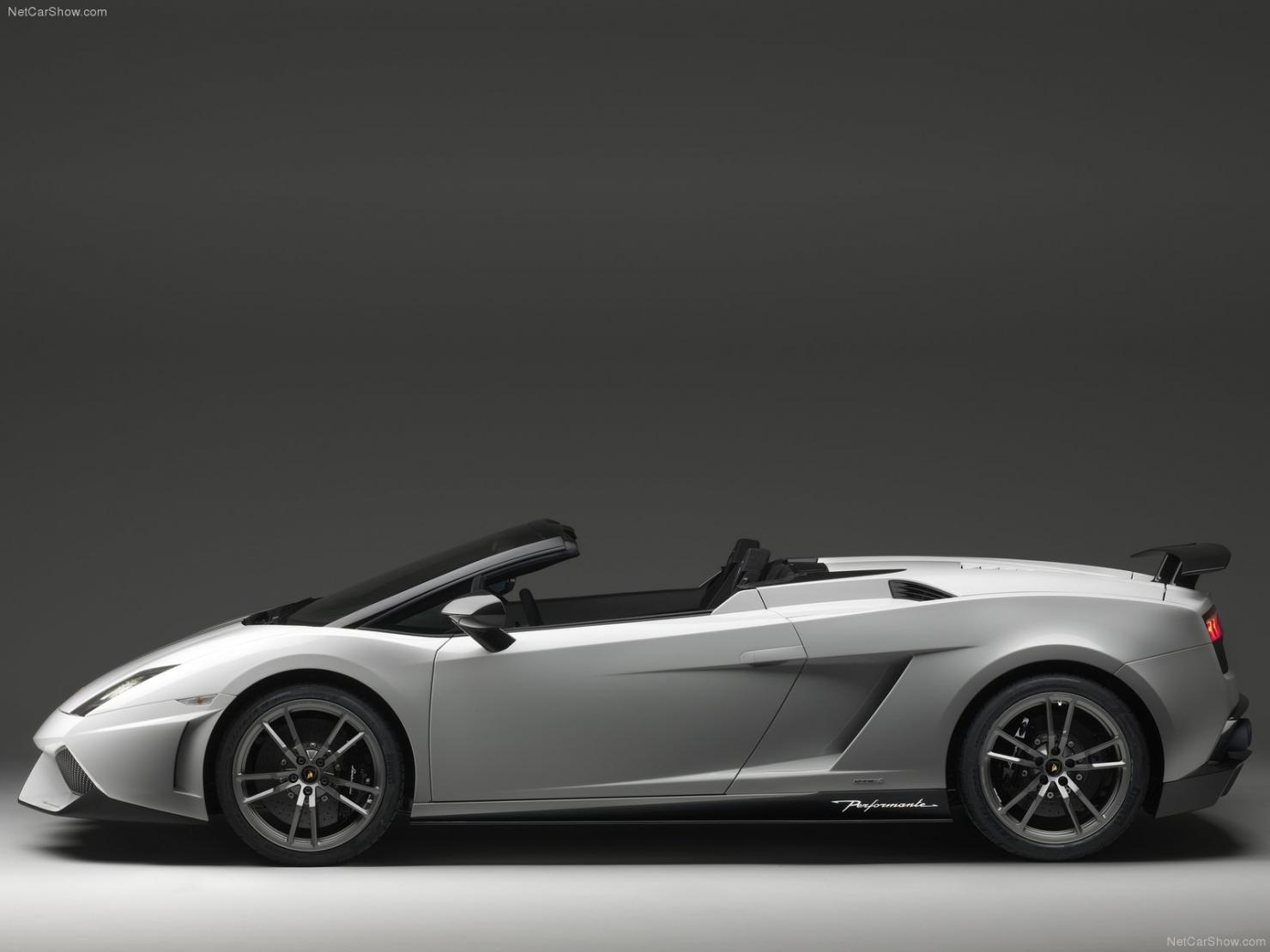 lamborghini-gallardo_lp570-4_spyder_performante_2011_1600x1200_wallpaper_02.jpg